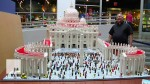 Il Papa con i Lego